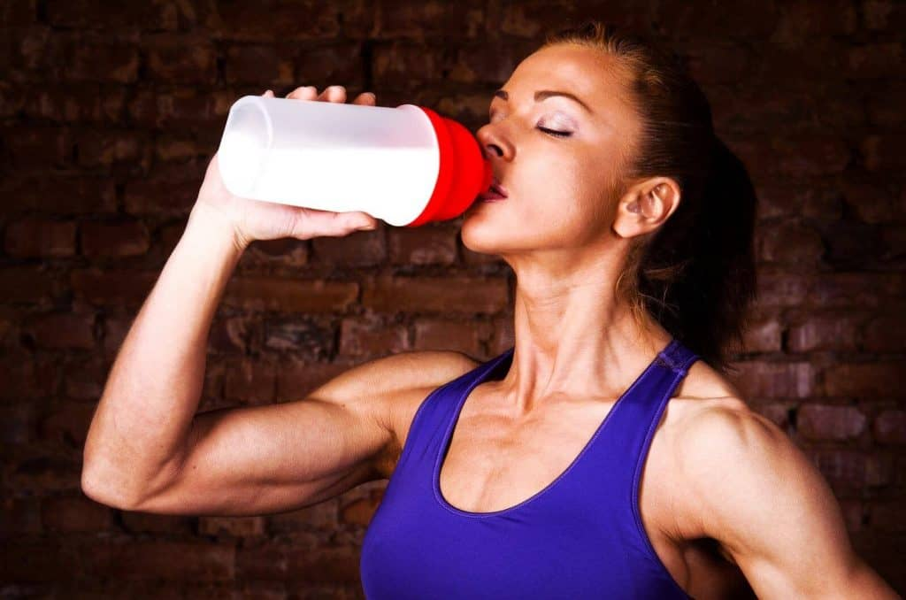Build Muscles with Natural Supplements