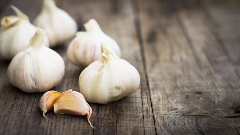 Add Garlic To Your Diet