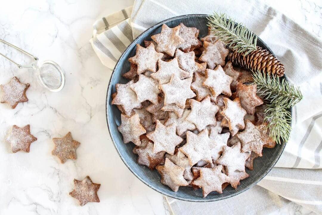 Healthy Almond and Cinnamon Christmas Stars