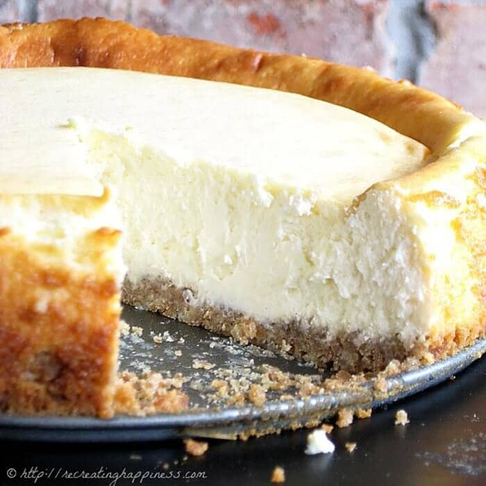 The Best Sour Cream Cheesecake
