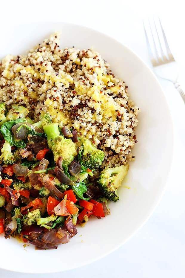 Superfood Quinoa Bowl
