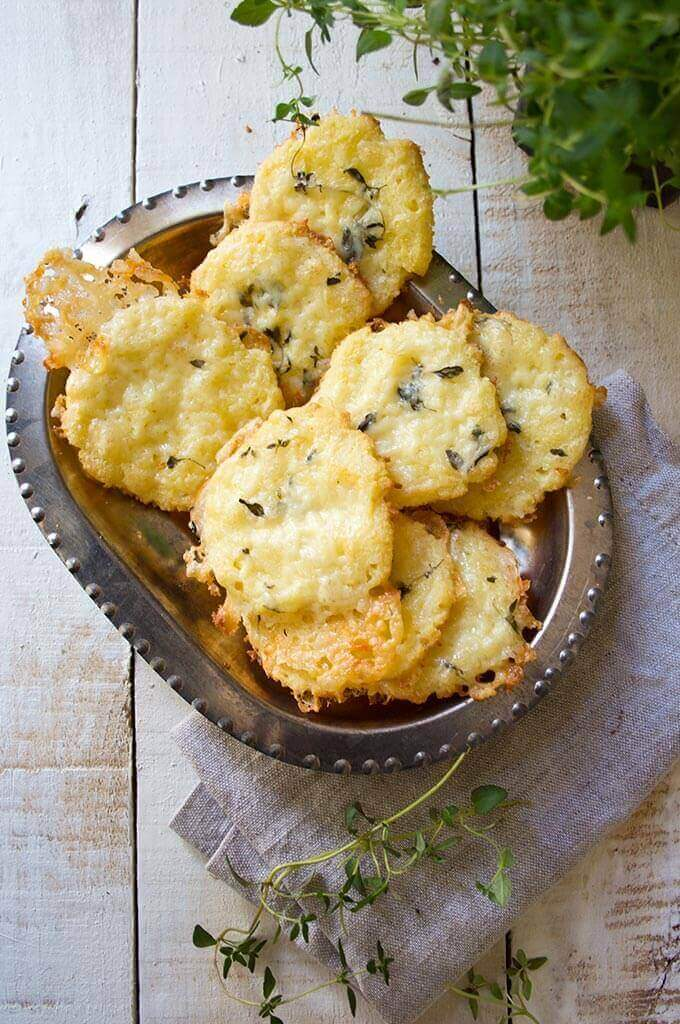 Cheese Thyme Crackers (Gluten-free, Low Carb)
