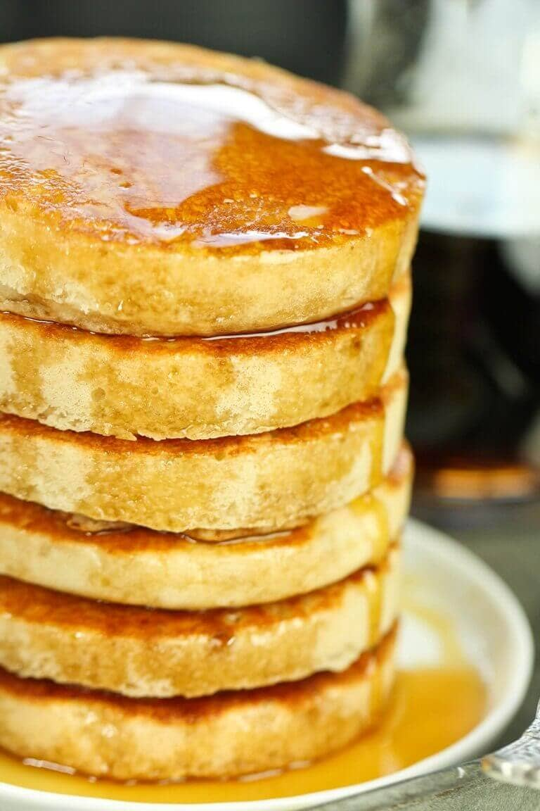 "Soft 'n' Fluffy Gluten-Free ""Buttermilk"" Pancakes"