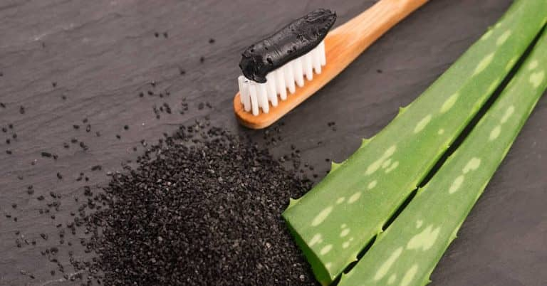 Best methods to whiten your teeth with charcoal